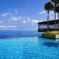 Fancy a swim? 10 amazing pools that will seduce you Fancy a swim? 10 amazing pools that will seduce you Amazing pools Alila Villas Uluwatu1 200x200
