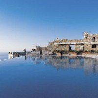 Fancy a swim? 10 amazing pools that will seduce you Fancy a swim? 10 amazing pools that will seduce you Amazing pools Hotel Caruso1 200x200