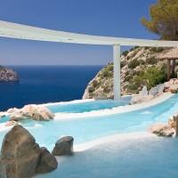 Fancy a swim? 10 amazing pools that will seduce you Fancy a swim? 10 amazing pools that will seduce you Amazing pools Hotel Hacienda Na Xamena1 200x200