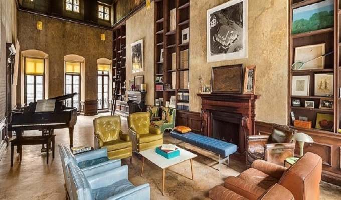 New Gorgeous Love Nest of Mary-Kate Olsen New Gorgeous Love Nest of Mary-Kate Olsen Formerly owned painter David Deutsch home filled1  Deco NY | Home Design Guide Formerly owned painter David Deutsch home filled1