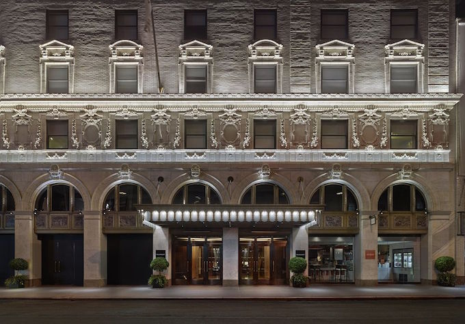 PARAMOUNT HOTEL: Edgy Elegance near Times Square, NYC PARAMOUNT HOTEL: Edgy Elegance near Times Square, NYC Paramount Hotel New York City 2  Deco NY | Home Design Guide Paramount Hotel New York City 2