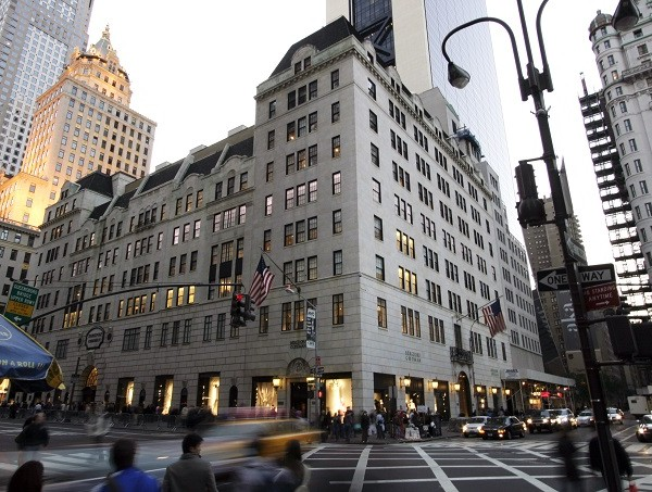 BERGDORF GOODMAN NYC RENOVATES ITS FIFTH AVENUE STORE