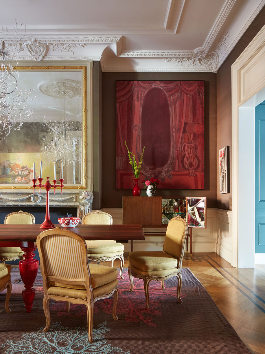 TOP 6 projects by Hamilton Design Associates- Art-filled Townhouse