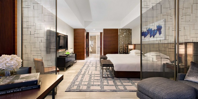 NYC Luxury Hotels, boutiques, luxurious hotels, city guide, covet new york, design, interior design, lifestyle, luxury city guide, luxury decor, luxury design, new york, new York city, nyc, architecture, guide, lifestyle, living guide, luxury design, luxury guide, luxury hotels, luxury projects, luxury restaurants, luxury showrooms, luxury stores, new york, new york city, new york city luxury guide, nyc, top interior designers, travel, hotels, restaurants, luxury restaurants, Luxury Lifestyle Living Guide, relax nyc luxury hotels Luxury Lifestyle Living Guide #1: NYC Luxury Hotels and Restaurants 53bd7e6d6bb3f770748b4568 2732 1366