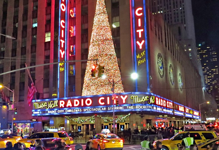 , radio city music hall, radio city rockettes, radio city live, radio city christmas show, radio city Christmas live, rockettes, tree, ,rockefeller center, rockefeller, tree, christmas tree, christmas, magical, holiday destination, christmas season, santa, magical season, holiday season, festive season, season, new york city, new york interiors, new york designer, new york spaces, new york design, new york, nyc, winter wonderland, christmas lights, winter time, holiday markets, ice skating, christmas decorations radio city christmas Radio City Christmas Spectacular Guide NY Tix