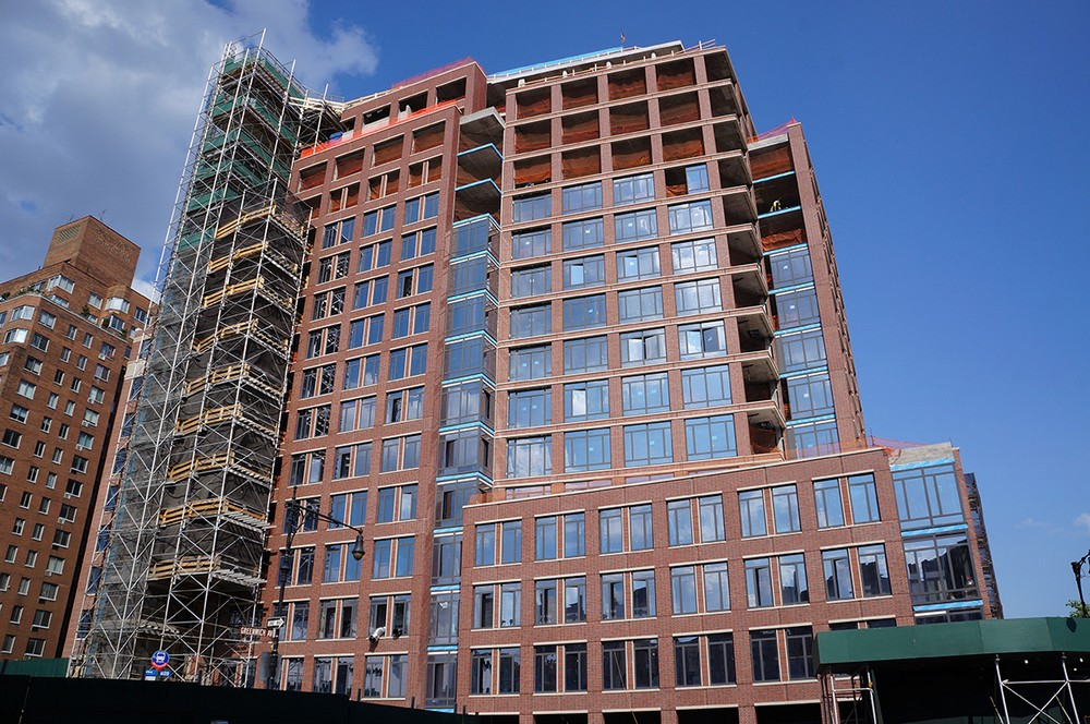 Greenwich Lane, Pierhouse and 1 Hotel Brooklyn Bridge, The Ashland, Tower 28, 21 West End Avenue, FXCollaborative, Rudin Management, Marvel Architects, Toll Brothers, Gotham Organization, Hill West Architects, Whitehall Interiors, Heatherwood Properties, ICRAVE, Dermot Company largest development projects in nyc Top 20 Largest Development Projects In NYC (Part II) 1