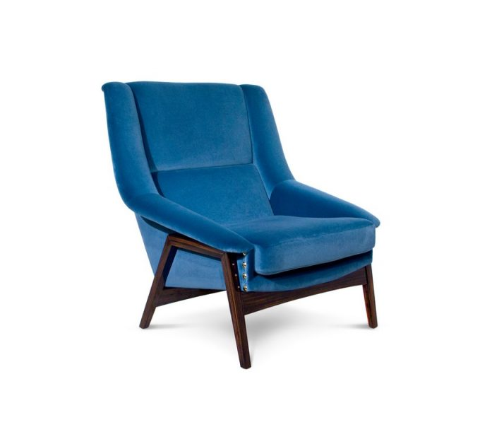 PANTONE'S COLOR OF THE YEAR: 5 FURNITURE PIECES IN CLASSIC BLUE pantone's PANTONE'S COLOR OF THE YEAR: 5 FURNITURE PIECES IN CLASSIC BLUE inca 680x611
