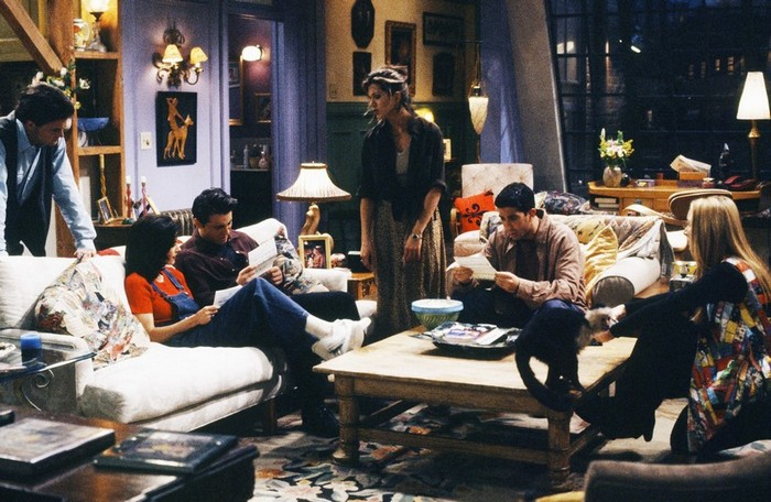 FRIENDS: HOW TO RECREATE MANHATTAN'S MOST FAMOUS APARTMENT friends FRIENDS: HOW TO RECREATE MANHATTAN'S MOST FAMOUS APARTMENT WhatsApp Image 2020 02 25 at 14